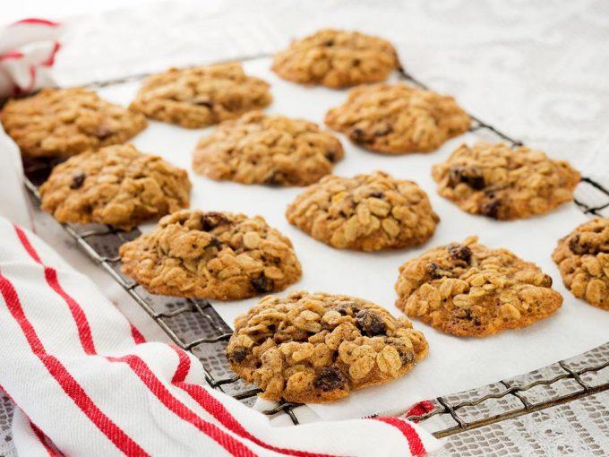 Bánh quy nho khô
